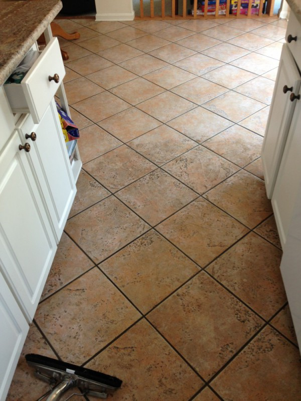 Tile and grout deep cleaning, grout sealing in Fredericksburg VA and Stafford VA