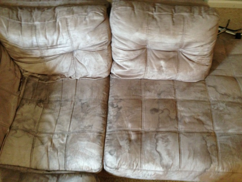 Microfiber sofa deep cleaning and Scotchgard protection in Fredericksburg VA and Stafford VA